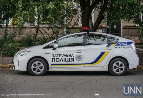 У Києві тричі вистрілили у поліцейського