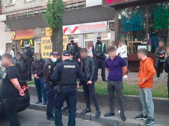 Стрілянина за участю іноземців у центрі Києва: повідомлено про підозру 19-річному чоловіку